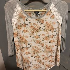 Size medium floral shirt from Rue 21